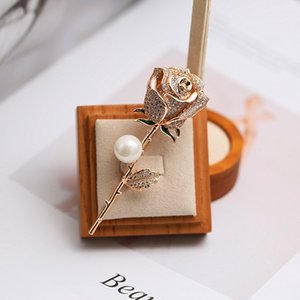 Unisex Fashion Men Women Pins Brooches Gold Plated Full CZ Rose Brooches Pins for Men Women Suit Lapel Pins for Party Wedding