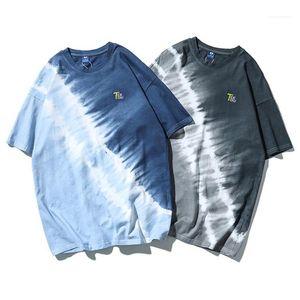 Короткие рукава Мужской тройники Mens Tie Dye граффити Tshirt Hip Hop Style Summer Сыпучие High Street