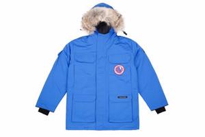 Kanada Männer Europäische Größe 90% Gänsedaunenjacke echter Wolf Pelz Jacket Men Outdoor Sport Kalt Warm Jacke Top-Qualität des Mannes unten Mantel YRF03