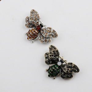 Bee Brooch Men Women Brooch Pins crystal designer jewelry pins brooches Banquet Accessories High Quality Free Shipping