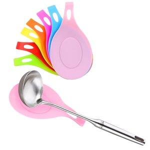 1Pcs silicone Isolamento POGGIAMESTOLO termoresistente bevanda sottobicchiere di vetro Vassoio Cucchiaio Pad Eat Holder Mat Pot Accessori Cucina