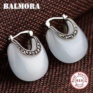 Kadınlar Lady Hediye Şık Etnik Moda Takı 200921 için Balmora Gerçek 925 Gümüş Retro Ay Şekli Opal saplama Küpe