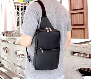 Designer-Mens Pocket Bag Anti Theft Zipper Chest Bag Casual Sports Shoulder Messenger Travel Bag Wallet Pouch Commuting Pack Backpack