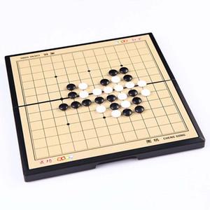 Magnetic Go Chess Set 13 * 13 ligne Échiquier Table de jeu Acrylique Noir Blanc Chess Pieces Voyage Puzzle Jeux Bureau jouet pour enfant