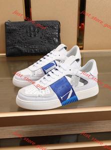 Valentino casual shoes Nuovo arrivo 2020 della moda Uomo Donna VL7N Embossed Leather Trainers Luxe design scarpe di cuoio nero whith Suede Shoes Sneaker abito 36-45