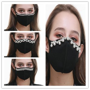 Máscara de Elegent perla diamante diamantes de imitación de la cara diseñadores de moda Mujeres Máscaras reutilizables mascarillas Bling Balck cubrir la boca de la fiesta ChristmasLY9231