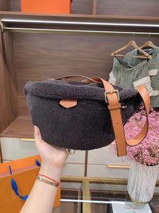 20ss 핫 고품질 진짜 가죽 모직 여성 허리 가방 테디 Bumbag 어린 양 모직 겨울 핸드 비슷해 어깨 가방 봉투 가방 화장품 가방