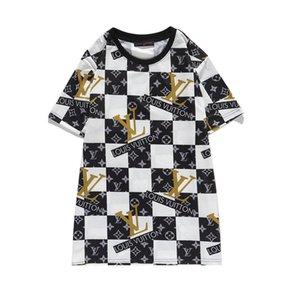 2020 nouveau col rond et design à manches courtes: un petit nombre de rétro style Hong Kong T-shirt de fleur numérique à manches courtes pour les femmes