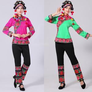 Hmong Vêtements pour femmes Style ethnique broderie Miao Costume vêtements de scène de danse folklorique chinoise avec coiffure dames adultes