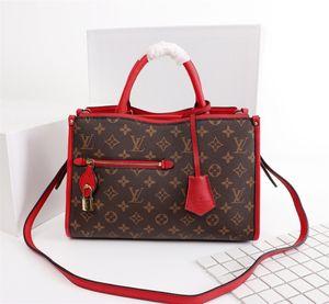 Woman LuxurDesigner BagHandbags High Qualit y sMessen gers Bag LuxussrsSy Saddle Bay 43433