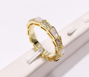 High quality new fashion stainless steel ring 18K gold rose silver white shell ring for trend people and couples55