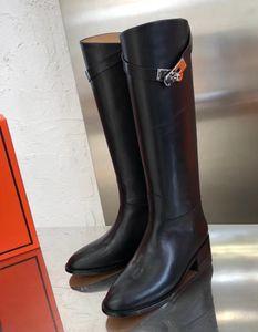 Marca Kelly Mulheres de couro de vaca botas de salto do joelho moda ocidental da motocicleta Cavaleiro botas de inverno Plush Neve 16 polegadas alta botas de chuva, 35-40