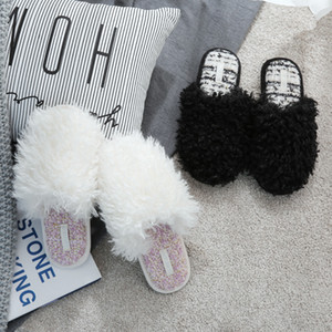 Winter Women Slippers New Fashion Black White Home Shoes Non Slip Warm Breathable Slippers Fur Sandals