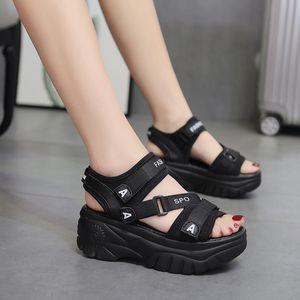 5 cm LaSiTing Platformu Yaz Sandalet Kadınlar Kama Yüksek Topuklar Ayakkabı Kadınlar Toka Deri Kalın Soled Plaj Sandalet Kadın Sandal