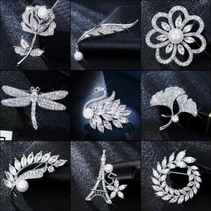 Brooch crystal pin fixed clothing decoration creative versatile Korean luxury anti light atmosphere accessories (deer, petals, l