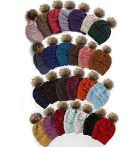 26colors Noktası İplik Örme kasketleri Kadınlar Dot Yün Şapka Bayanlar Örme at kuyruğu Şapka Kızlar Kış Pom Poms deniz nakliye GGA3728 Caps