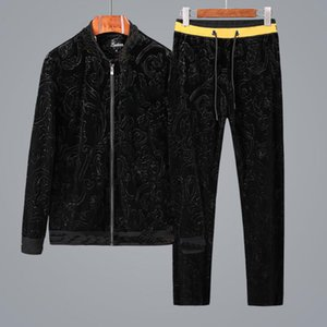 High Quality Mens Sweatshirts velvet Sweat Suit design Clothing Men's Tracksuits Jackets Sportswear Sets Jogging Suits