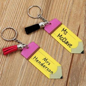 Der Außenhandel heißen Tag des Verkaufs Lehrer Bleistift Troddeldekoration keychain Fabrik Großhandel personalisierte leere Brief Acryl-Schlüsselanhänger