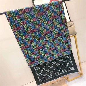 Las mujeres del otoño del vintage Pañuelos exclusiva al aire libre letras impresas moda bufandas de lana caliente clásico a prueba de viento bufandas de invierno