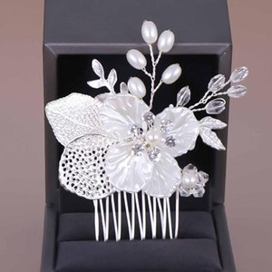 White Flower Crystal Simulated Pearl Hair Combs Headdress Bride Bridal Noiva Engagement Wedding Veil Decoration Jewelry