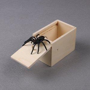 giocattolo di Halloween spoof Spider Surprise Box Joke Fun Scare Prank Gag bambini giocattolo adulto Tricky Spaventato Scatola di legno Spoof spaventoso piccolo insetto