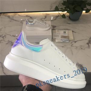 2021 Plate-forme Comfort Jolie fille Femmes Sneakers Casual Chaussures en cuir noir Hommes Femmes Chaussures Stabilité extrêmement durable