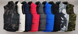 Marca de moda Vest Mens luxo clássico Down Vest Designer Parka casacos grossos Jacket Zipper Sólidos camisola sem mangas Top Quality 20091201T