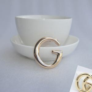Mulheres Carta broche de ouro prata superfície lisa Carta Broche shirt jóias acessórios de moda para o partido presente