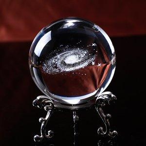 6см Диаметр глобуса Galaxy Миниатюрные Crystal Ball 3D лазерной гравировкой Кварцевое стекло шарика Sphere Домашнее украшение аксессуары Подарки
