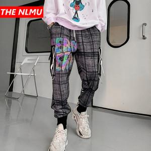 Hip Hop Ekose Koşucular Pantolon 2020 Erkek Harajuku Sweatpants Streetwear Yansıtıcı Harf Baskı Parça Pantolon Harem Pantolon WQ160