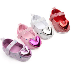2020 New Bling Girls Princess Shoes Soft Sole Newborn Baby Girls Crib Shoes Toddler First Walkers Baby Booties