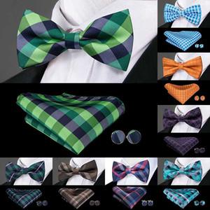 Erkekler Yüksek Kaliteli% 100 İpek Kelebek Papyon Hanky Kol Düğmeleri Seti Erkekler Düğün Bowtie için Toptan Fiyat Ekose Bow Kravatlar