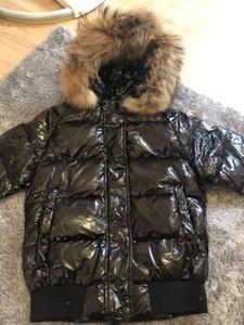 Aşağı Ceket Kadınlar Fermuar Kısa Silver Fox Kapşonlu Kış Sıcak Coat Ördek Yüksek Kalite Markalı Kadınlar Kış Real Rakun Kürk Beyaz
