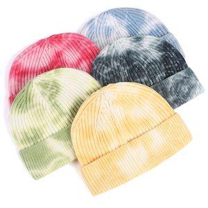 Мужская шапочка Мужчины Короткие Hat Женщины 2020 Зима Fisherman Шапочки для дам галстук краситель печати Осень Hip Hop вязаной шапочке тюбетейке