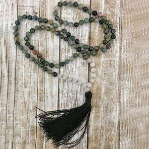 Indien A-Tor Schnee Q-uartz Mala Halskette Hand geknotete Meditation Perlen 108 Halskette schwarzer Quaste Halskette Heilung Schmuck Männer