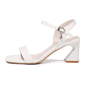 Scarpe 5101 Estate Nuovo Guciheaven Open Toe Thick Heel Sandals della fibbia solido di colore Donna Scarpe da donna impermeabile
