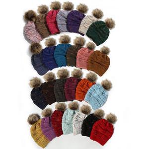 26 Color Punto Hyn Hynic Gorros de punto Dot Punto de lana Sombreros Señoras de punto Ponytail Hat Girls Invierno Pom Pom Pom Poms Gories Caps GGA3728