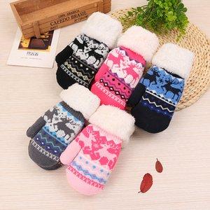 Cute deer winter children's warm gloves plus velvet thick knitted wool children's school bag finger outdoor gloves
