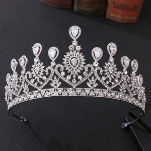 2020 Shinning Tiaras Ve Taçlar İçin Kadın Big Hollow Kristal Düğün Taç Kraliçe Kral Tiara Saç Takı Başkanı Aksesuar İçin Gelin