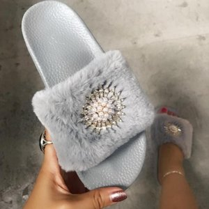 Кристалл цветок бисером меховые тапочки мягкие нижние удобные ботинки женщин твердые плюшевых пушистых слайды верхней одежды фам краткий простой флип-флоп
