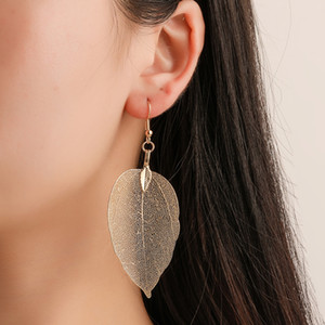European and American popular new retro earrings fashion temperament long hollow leaf earring earrings wholesale supply