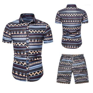 Tracksuits Casual Lapel Neck Short Sleeve Tops Short Pants Fashion Hawaii Style Suits Mens Designer Print Summer