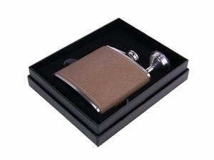 6oz الأسود الفولاذ المقاوم للصدأ قارورة الورك في الأسود هدية مربع التعبئة والتغليف، رغوة DHC845 الداخلية
