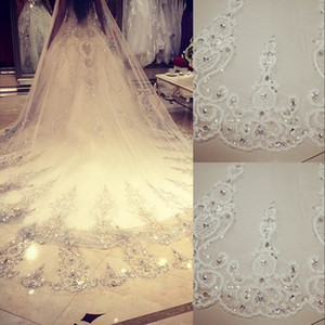 2020 Cheap Bling Bling Crystal Cathedral Bridal Veils Luxury Long Lace Applique Beaded Custom White Ivory High Quality Wedding Veils 3.5 M