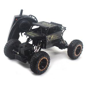 1:16 RC Araba 4wd 2.4 GHz Kaya Paletli Uzaktan Makineler Radyo Kontrolü Oyuncaklar Çocuklar için 8888