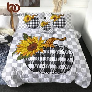BeddingOutlet Halloween Quilted Quilt Tartan Bedding Throw Scottish Pattern Thin Duvet 4-Piece Pumpkins Comforter couette Queen