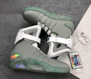 2020 haute qualit authentique Air Mag Back The Future Glow In The Dark Gris Baskets Led Chaussures illuminant Mags Noir Bottes Rouge