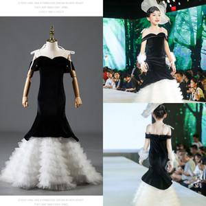 Black And White Mermaid Pageant Dresses Little Girls Off The Shoulder Ruffles Velvet Teenager Party Dress Prom Graduation Dress Kids