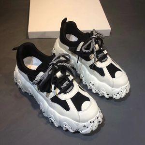 2021 Hot New triple s men women desi casual dad shoes vintage platform sneakers black paris 17FW tennis flat trainers jogging walking