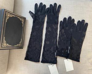 Schwarze Tüllhandschuhe für Frauen Designer Damen Buchstaben Drucken Gestickte Spitze Fahren Fäustlinge Für Frauen Ins Mode Thin Party Handschuhe 2 Größe